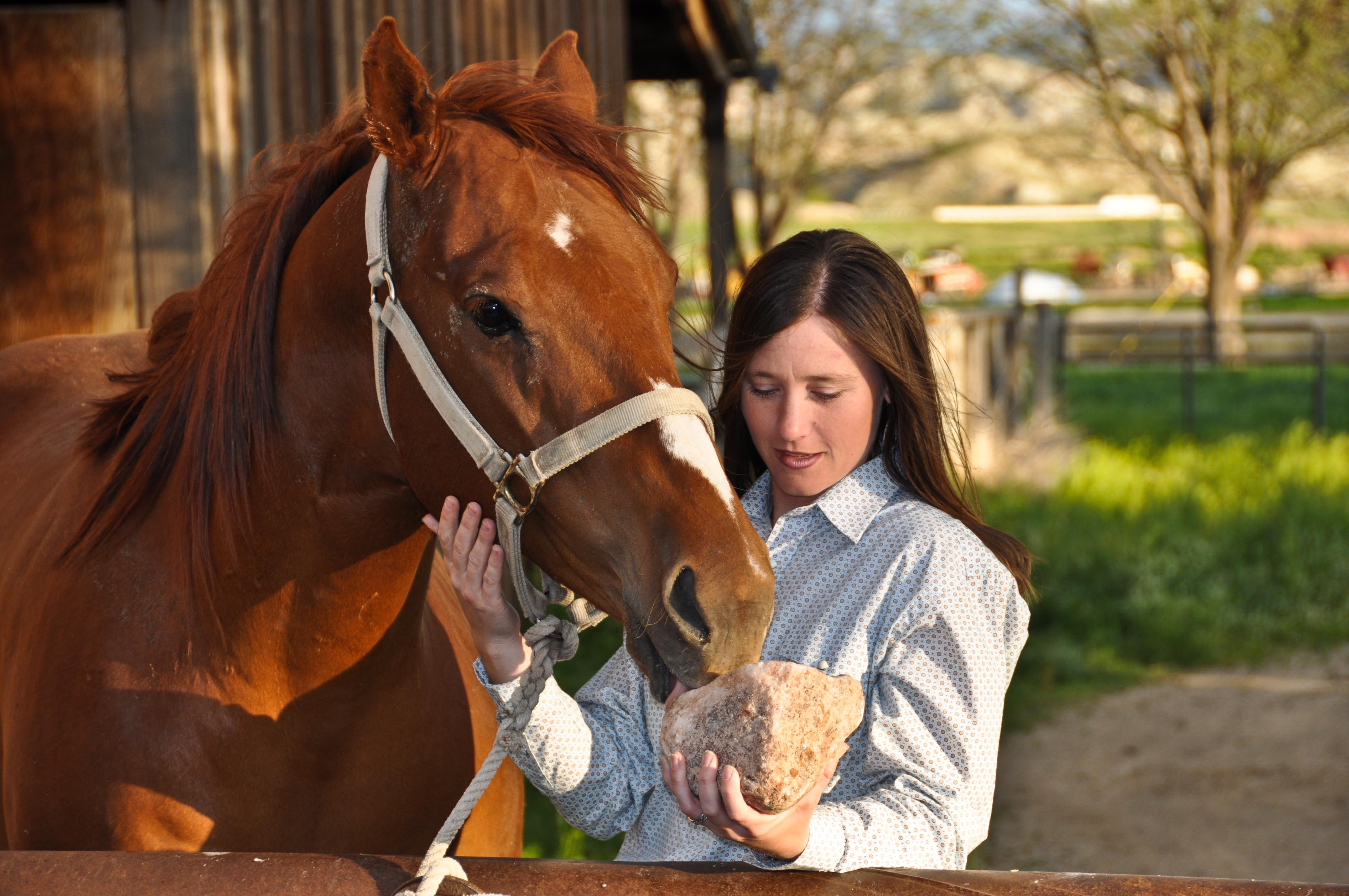 A Redmond Story: How Jamie Settled Her Stressed Horse's Stomach