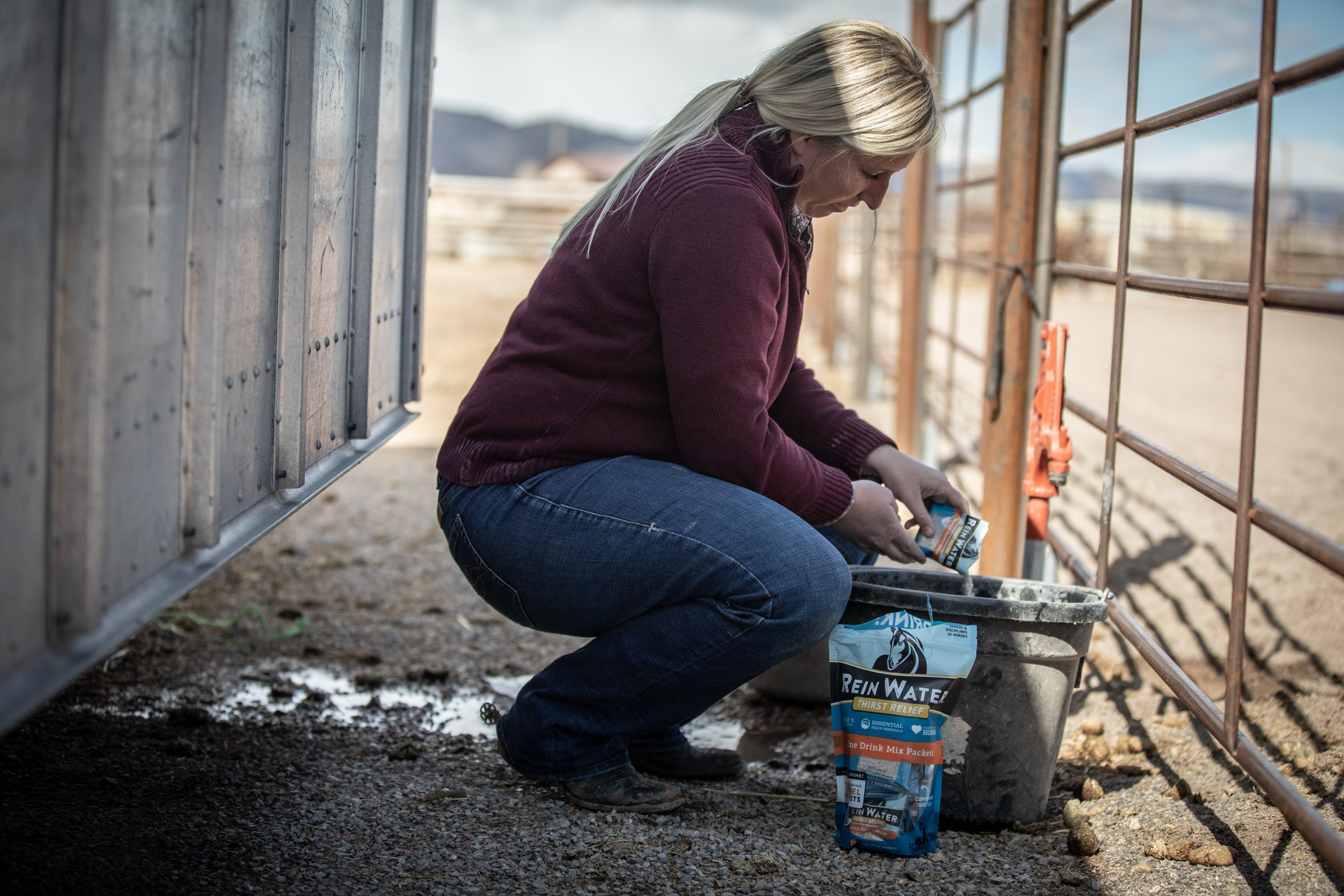 A Redmond Story: How Dana Used Rein Water to Help Her Dehydrated Horse